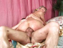 Slender gf Anne D with wet cunt reaches a large big o