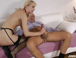 Sex appeal young Alexa could not wait to begin fucking him