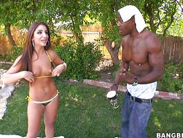 Once playsome brown-haired bimbo Giselle Leon gets used to the situation it's on