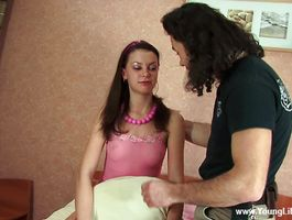 Overwhelming brunette bimbo Viktoriya gives her muscular stud a wild blow job