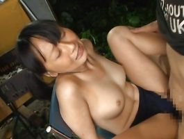 Ambitious busty bombshell and bf are about to fuck in the middle of the day