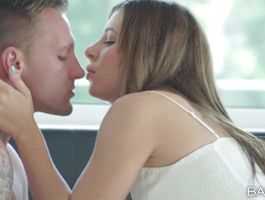 Appealing brunette floosy Ally Breelsen and lad have hooked up once more just for the fun of it